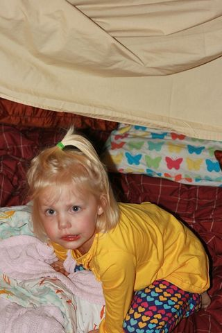 Ellie_in_her_tent1