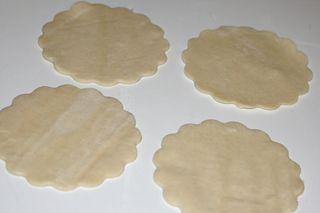 Peanut-butter-jelly-pocket-dough