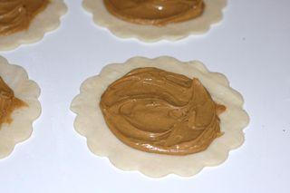 Peanut-butter-jelly-pocket-pb